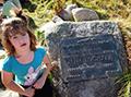 Bucharova deska na prameni Labe– Potomci udesky praděda